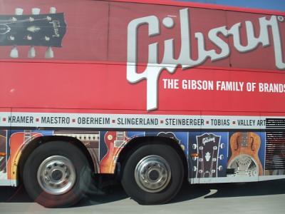 Gibson BUS 3