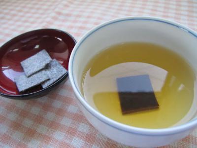 角切り昆布茶