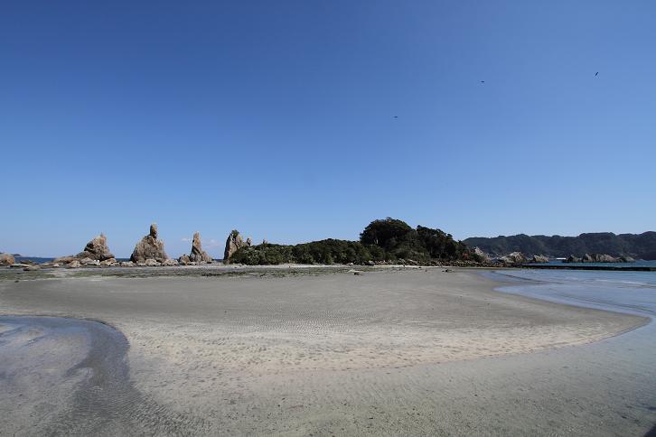 2011.03.10・『 橋杭岩 』 和歌山県 串本 01