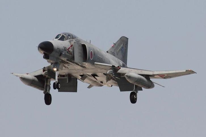 2011.05.19・『 岐阜基地 』 岐阜県 12 F-4EJ #301 ADTW