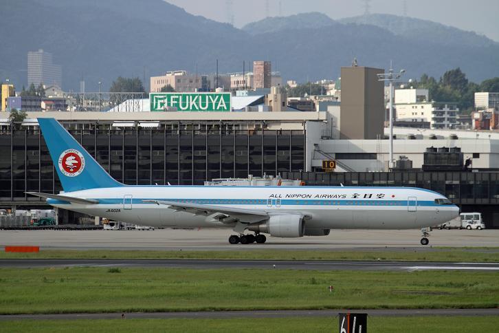 2011.07.25・『 大阪国際空港(伊丹空港) 』 兵庫県 伊丹 08