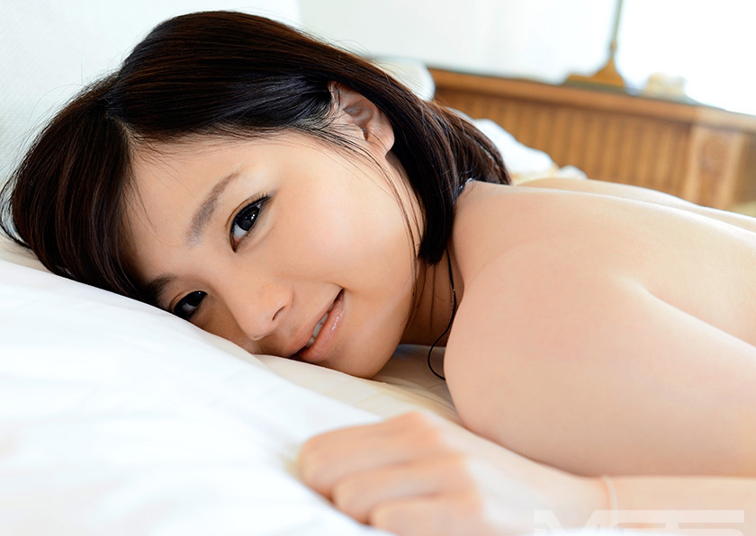 鈴村あいり 画像 23