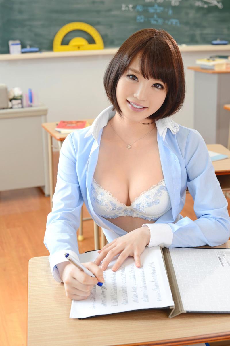 铃村爱里正d定铃木心春正d?