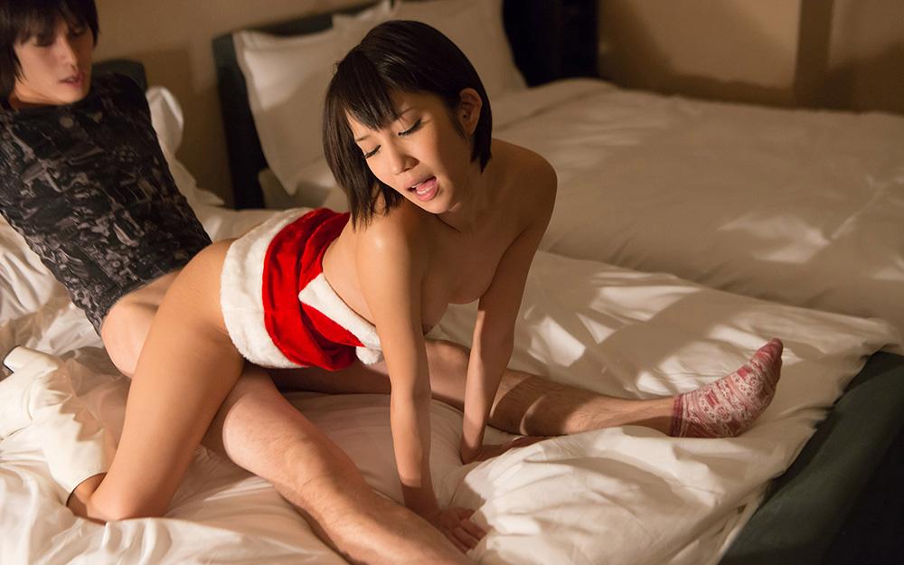 サンタコスでお・で・む・か・え♪ だって今日は性なる夜だもの。