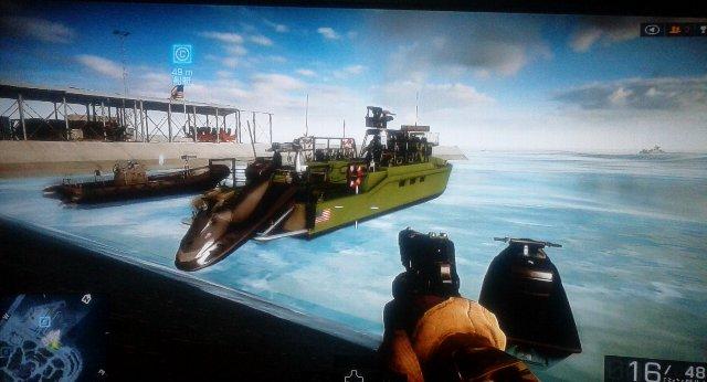 今回初となる強武装ボートです。非常に強固で偵察ヘリ位なら撃ち落とせます。後部に水上バイクを装備。