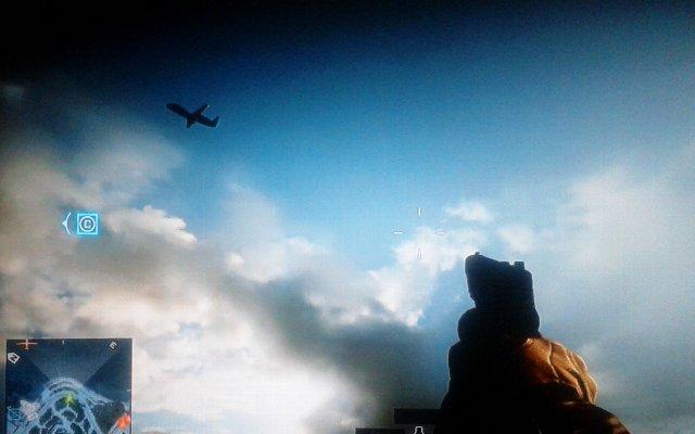 空を飛ぶ、無人偵察機。コンクエストの司令官モードでは情報偵察機として活躍。演習場ではスティンガーやイグラ、航空ヘリのターゲット役に。