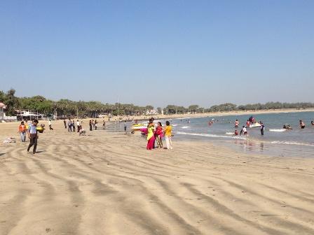 ナゴワビーチ1