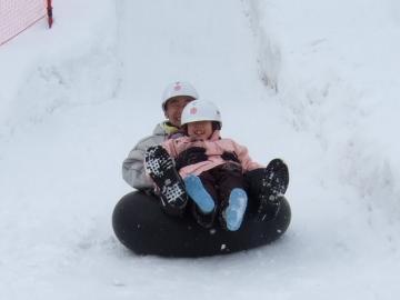 20110212飯山雪まつりゴムそり