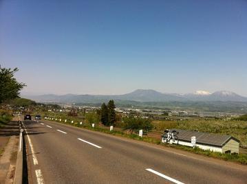 20110515CAAD10高社山下り