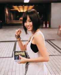 maeda_atsuko_g067.jpg