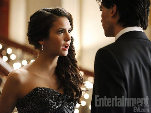 The-Vampire-Diaries-3x14-Dangerous-Liaisons-teamdamon4life-28295849-595-447.jpg
