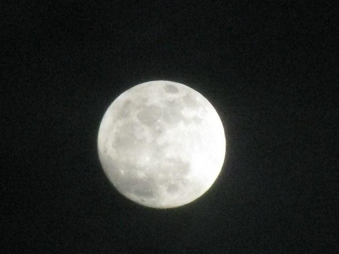 201102満月