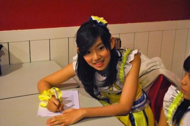 Hanna-JKT48-Phobia-Sama-Badut_haibaru650x431.jpg