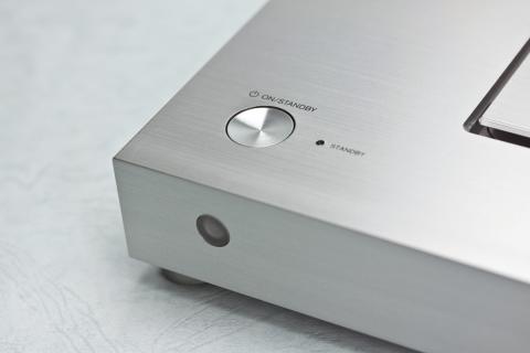 ONKYO ND-S1000 ←電源スイッチ