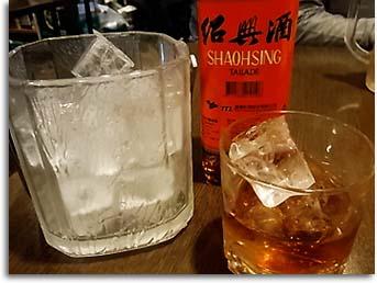 紹興酒。(福満楼)