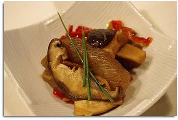 椎茸とこんにゃくの甘辛煮。
