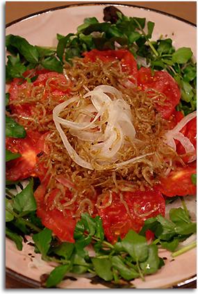 トマトとクレソンのジャコサラダ。
