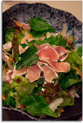 香味野菜と鶏ささみのサラダ
