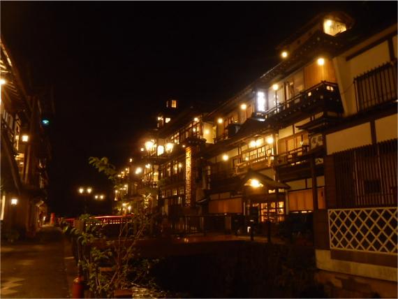 銀山温泉の夜_1