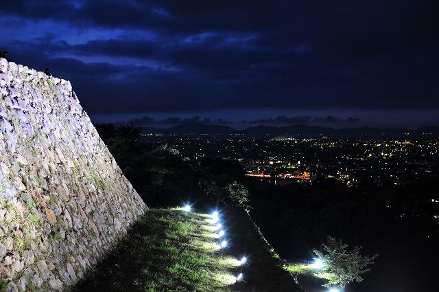 城跡ライトアップ