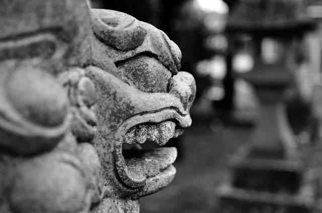蝉丸神社の狛犬