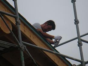 屋根トタン張り2