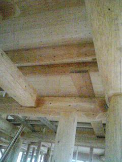 2階天井パイン材終了
