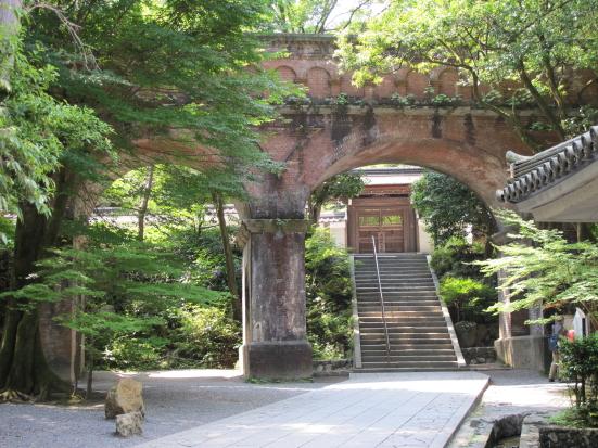 南禅院入り口と疎水閣