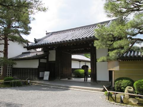 大覚寺山門