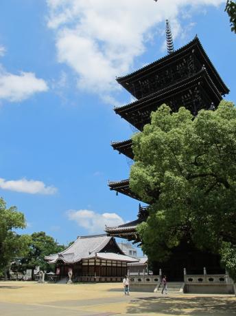 釈迦堂と五重塔