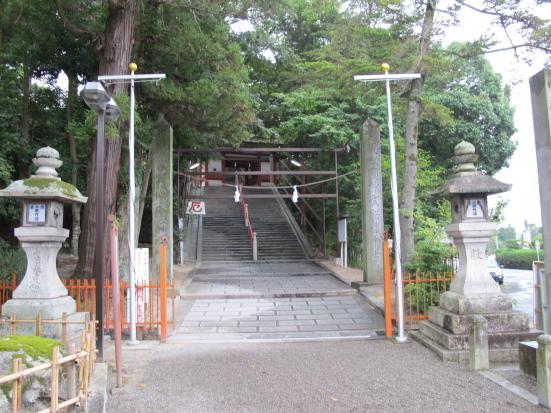 吉備津神社参道石段入口