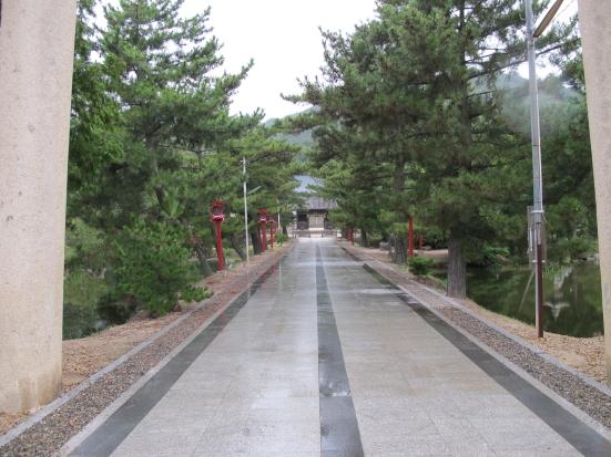 吉備津彦神社参道