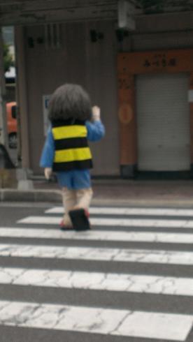 鳥取旅行:水木しげるロード 鬼太郎着ぐるみ 後ろ姿2