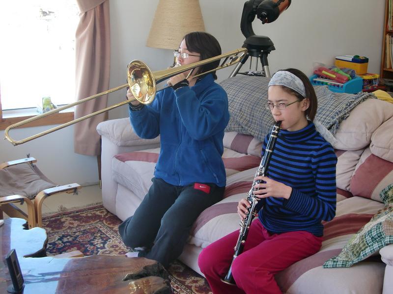 カンナとマヤ 楽器