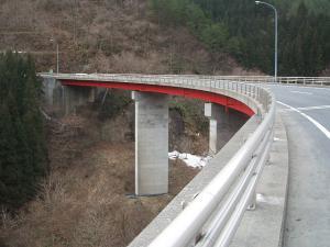 自殺の名所ループ橋04