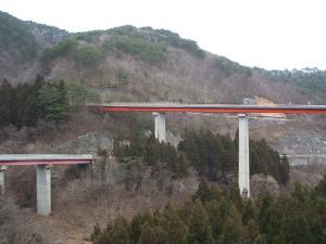 自殺の名所ループ橋02