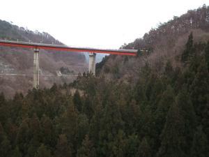 自殺の名所ループ橋03