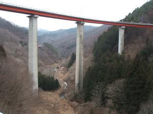 自殺の名所ループ橋07