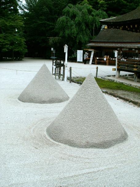 上賀茂神社 立砂(たてずな)・玉橋(たまばし)004