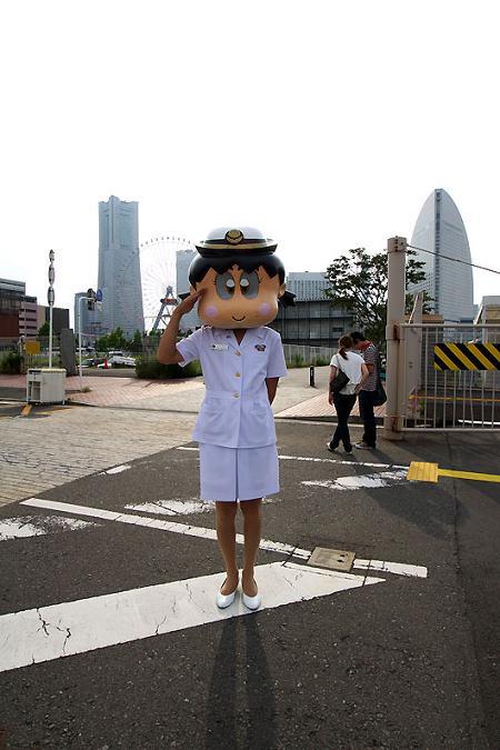 海上自衛隊嬢