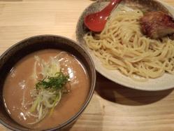 カシューナッツつけ麺