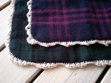 コットンヤーンでふち編み飾り♪