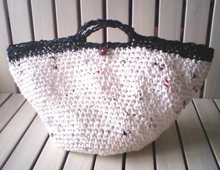 プラ裂き編みのカゴバッグ♪