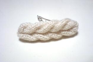 縄編みバレッタ