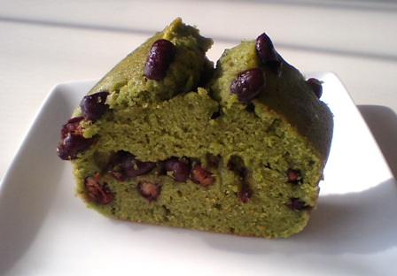 米粉と抹茶のケーキ・小豆入り