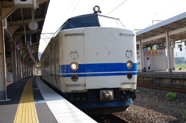 2010年8月19日 18きっぷ 京都旅行 419系特急顔 敦賀
