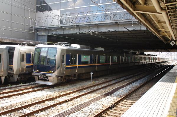 2010年8月20日 18きっぷ 大阪旅行 電車