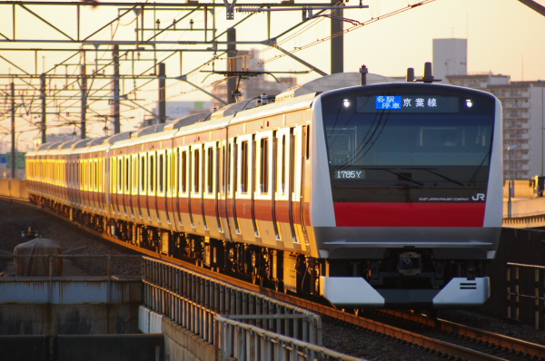 2011年4月5日 京葉線  ケヨ551+F51 舞浜