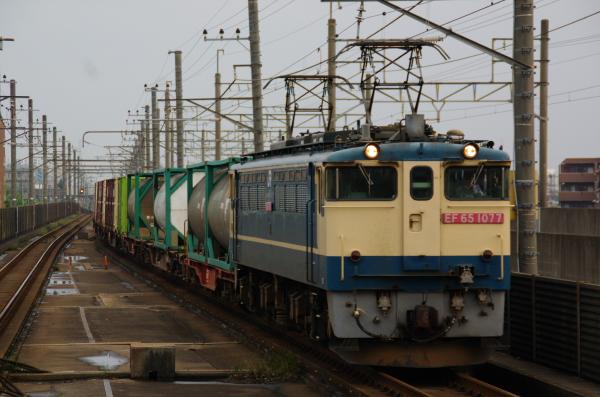 2011年6月11日 EF65-1077 本千葉