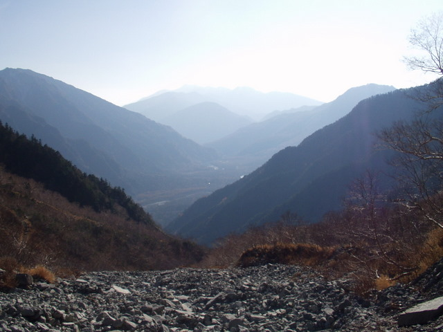 北アルプス-奥穂高岳(上高地~岳沢ヒュッテ~奥穂高岳)H16・11・6~7) 019